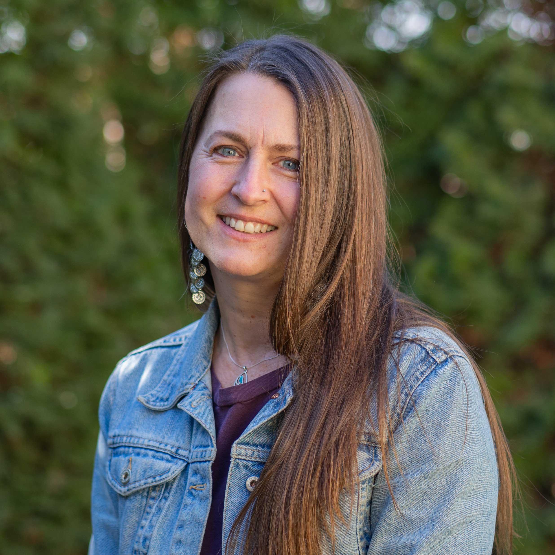 Suzanne-Broetje-Executive-Director_web